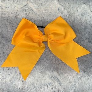 Yellow cheer bow